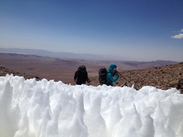 Diciembre ya termina esperamos a todos los amigos montañistas una celebración de fin de año en la altura de alguna cumbre